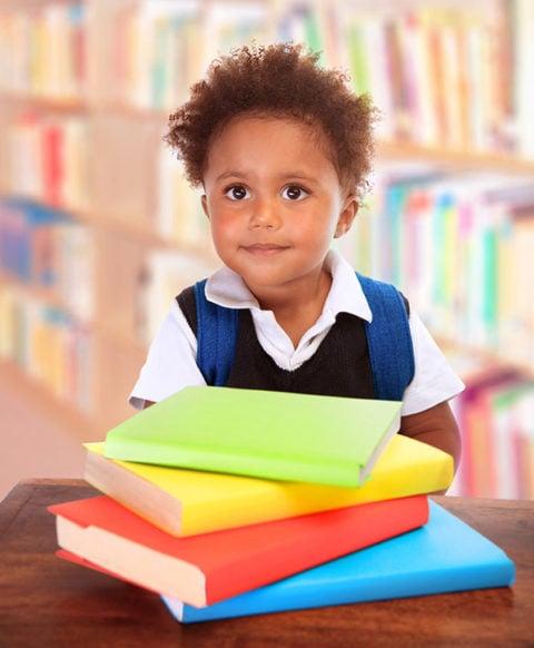 head start child with books